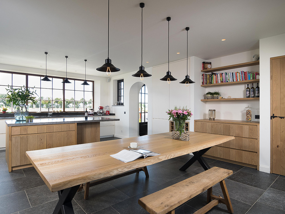 Moderne eikenhouten keuken