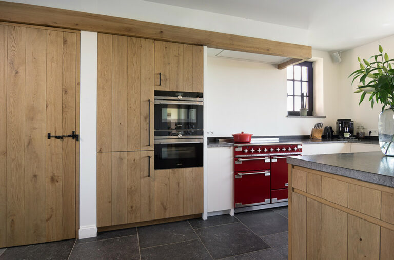 Detail moderne houten keuken