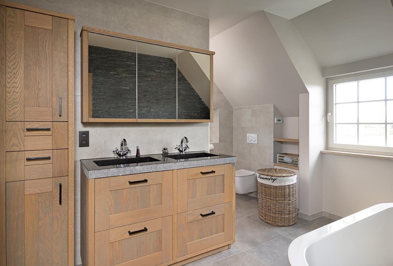 Warme houten badkamermeubels met 2 wasbakken