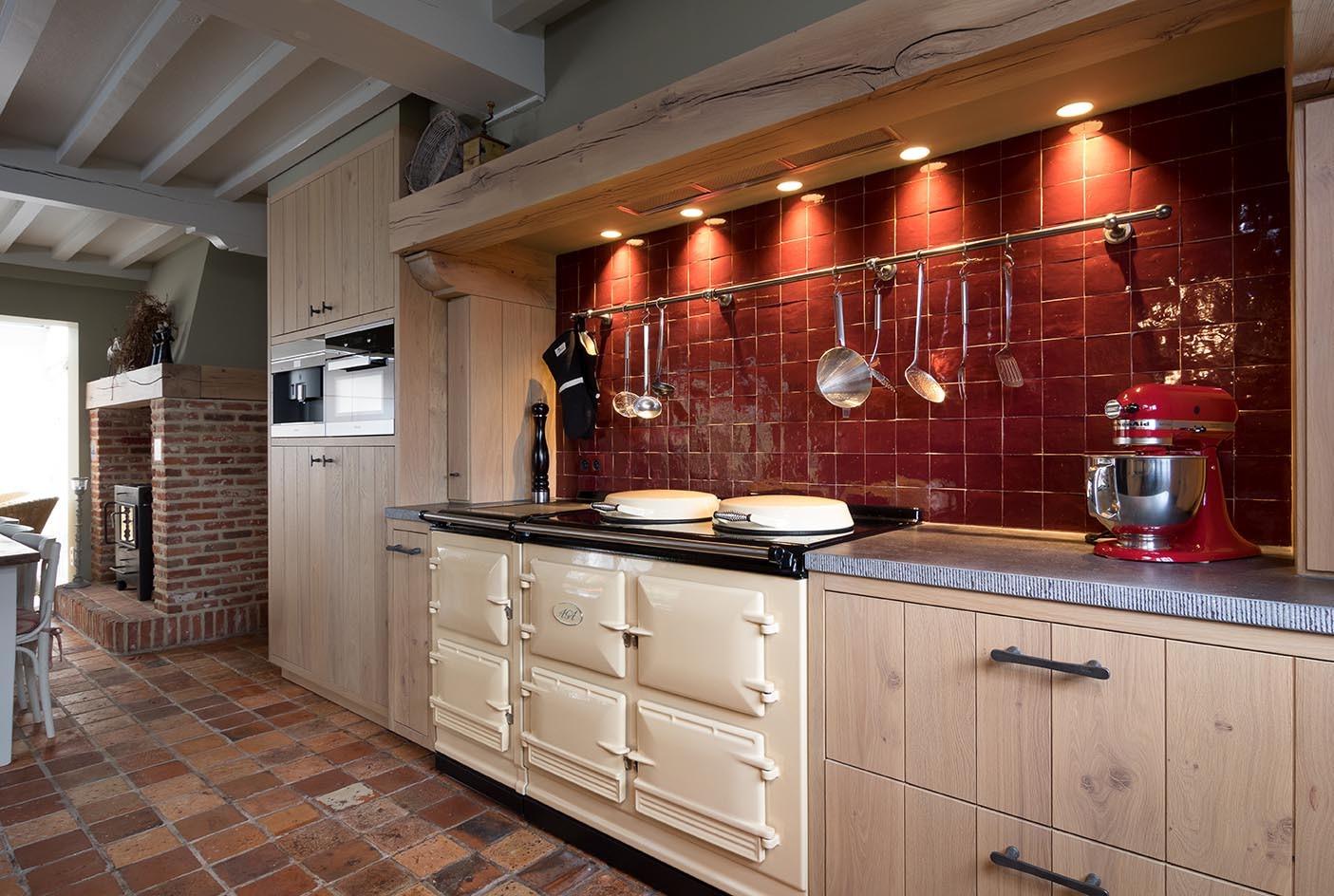 Retro Design Keuken : Massief eiken retro keuken op maat de bosbeke