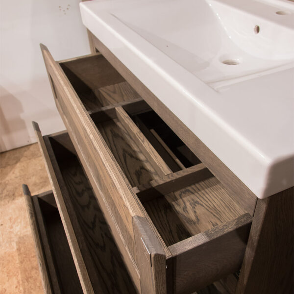Outlet 2020 - box 030 - newton 90 cm (open laden)