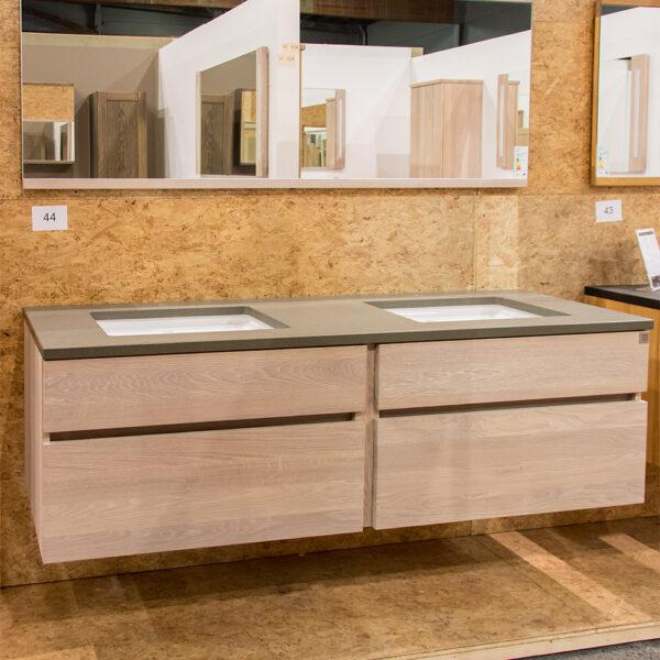 Outlet 2020 - box 044 - base 170 cm